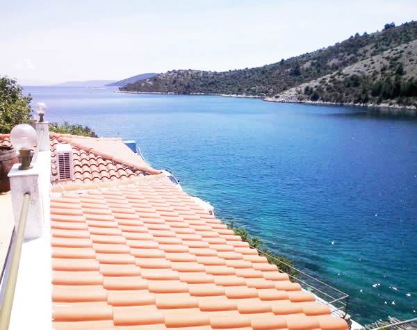 Private accommodation near Trogir Dalmatia Croatia - Villa Carmen holiday house
